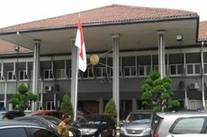 Hakim PN Jaksel: Susah Betul Bawa Raden Nuh