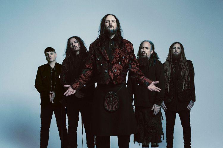 Band metal bernama Korn.
