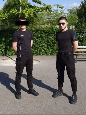 Foto : Beredar Foto Abdoullakh Anzorov, Remaja Chechnya 18 Tahun Pemenggal  Guru di Perancis Halaman 1