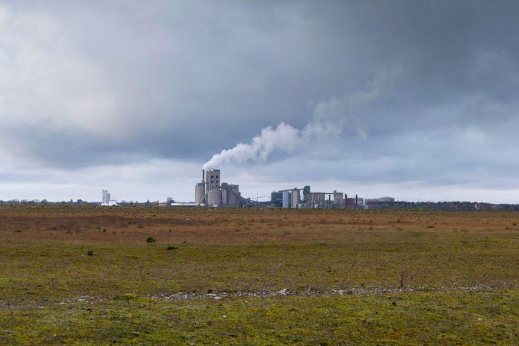 Pabrik semen Cementa di Swedia