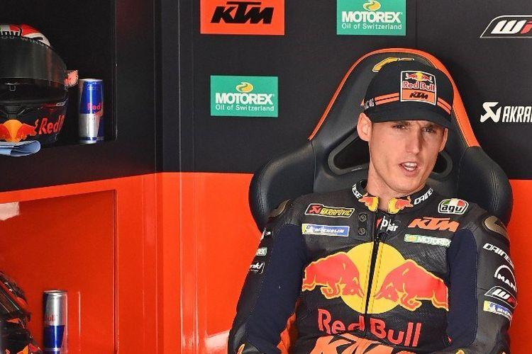 Pebalap Red Bull KTM, Pol Espargaro, bersiap jelang mengikuti sesi FP3 MotoGP Styria di Red Bull Ring, Spielberg, Austria pada 22 Agustus 2020.
