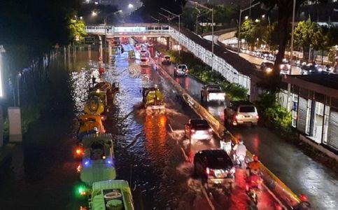 Jakarta Floods Displace 1.380 People