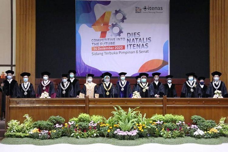 Dies Natalis Itenas Bandung  dengan tema 'Competitive into The Future' (Dok. Itenas).