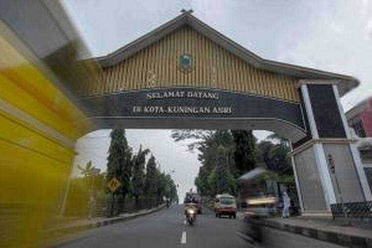 Memasuki Kota Kuningan di Jawa Barat.