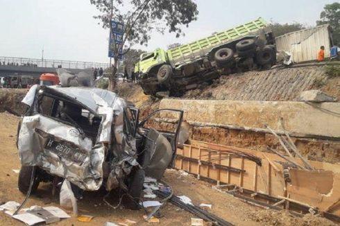 Menyoal Truk Kelebihan Muatan 25 Ton di Kecelakaan Beruntun Tol Purbaleunyi