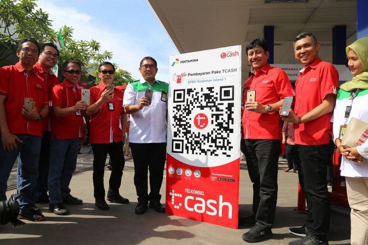 Peresmian layanan T-Cash di SPBU di Semarang, Rabu (13/12/2017).