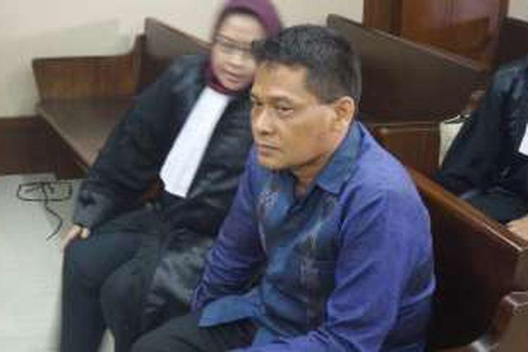 Panitera Pengadilan Negeri Jakarta Utara, Rohadi di Pengadilan Tindak Pidana Korupsi Jakarta, Kamis (8/12/2016).