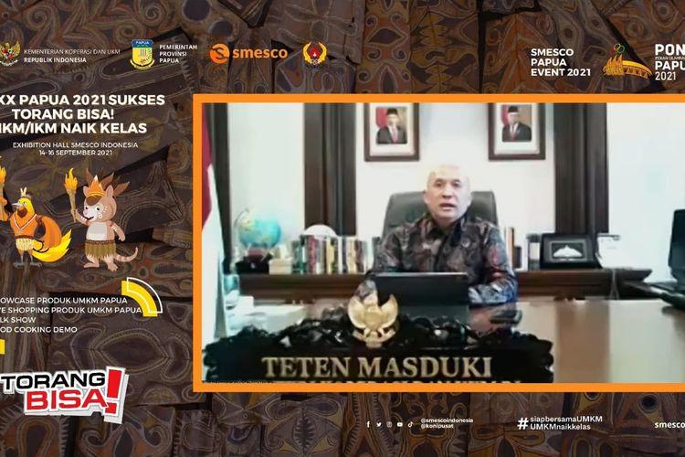 """Menkop Teten saat membuka gelaran Smesco Papua Event dengan tema """"PON XX Papua 2021 Sukses, Torang Bisa! UMKM/IKM Naik Kelas"""" secara daring, Selasa (14/9/2021).  (Tangkaoan Layar)"""