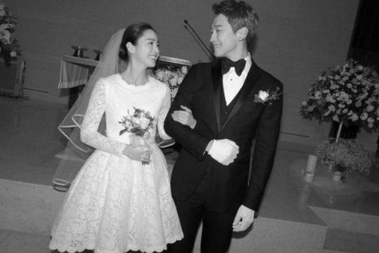 Pasangan selebirti Rain dan Kim  Tae Hee menikah pada awal Januari 2017 dan berbulan madu di Bali.