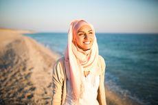 Benarkah Pakai Jilbab Bikin Kekurangan Vitamin D? Ahli Menjawab