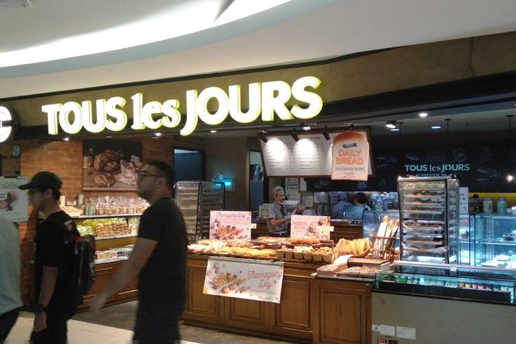 Toko roti Tous Les Jours di FX Sudirman, Jakarta Pusat, Jumat (22/11/2019)