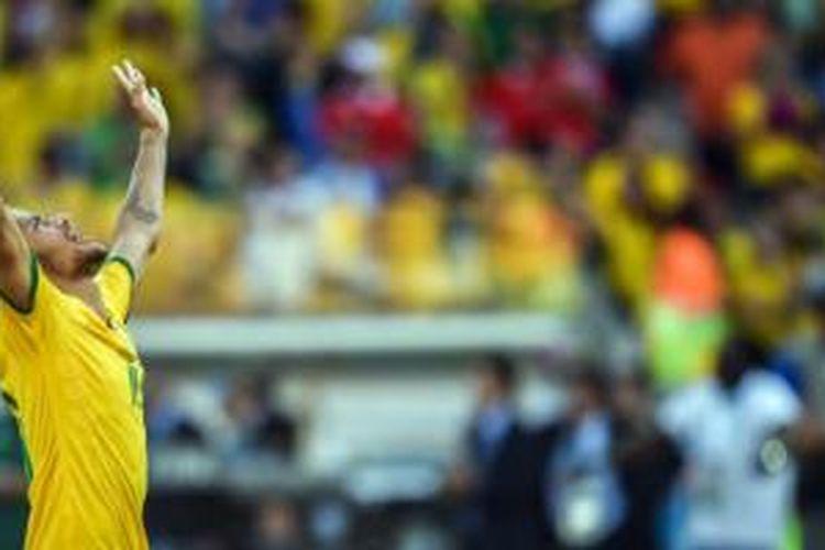 Sepak bola ini sangat kompetitif, kata Neymar.