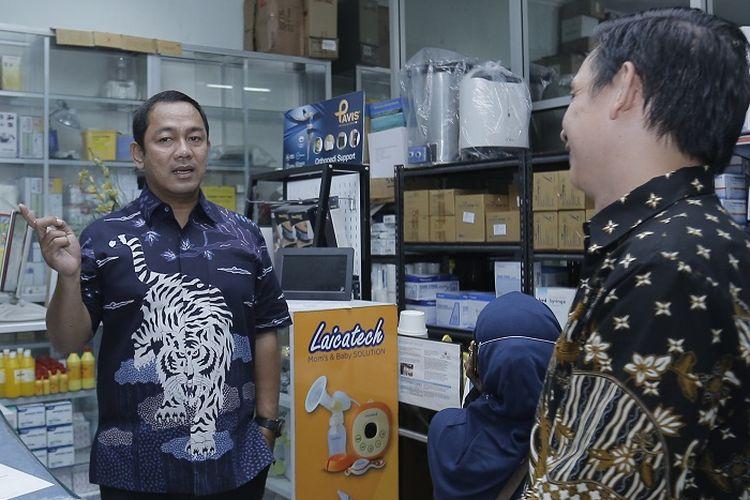 Wali Kota Semarang Hendrar Prihadi, saat melakukan inspeksi stok kebutuhan masyarakat mendadak di sejumlah toko, Kamis (19/3/2020).