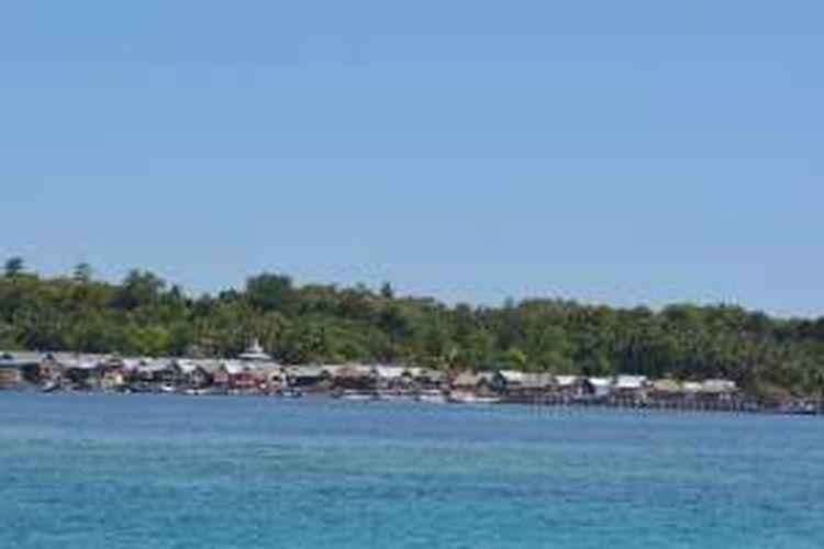Pulau Longos di Kabupaten Manggarai Barat, Nusa Tenggara Timur.