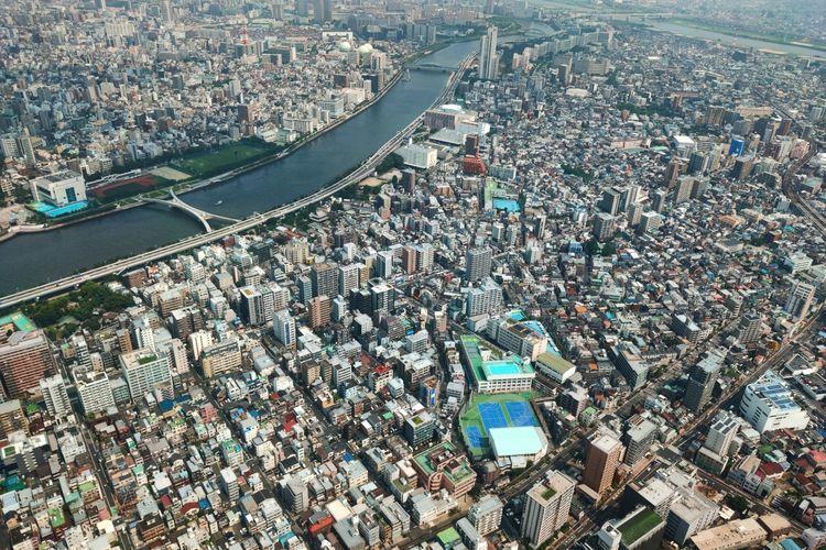 Pemandangan Tokyo dilihat dari atas Tokyo Skytree.