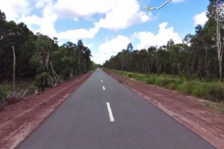 Kondisi jalan perbatasan Papua.
