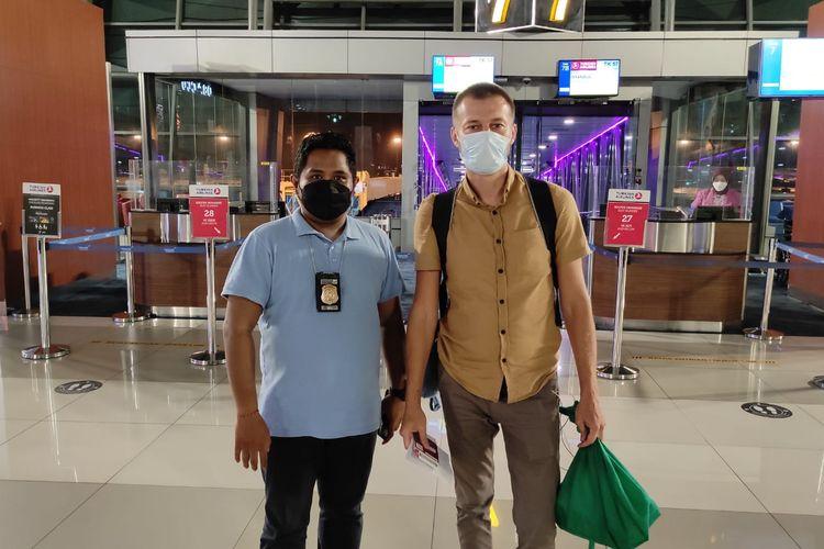 Warga Negara (WN) Rusia di Bali bernama Oleg Chadin (40) di deportasi