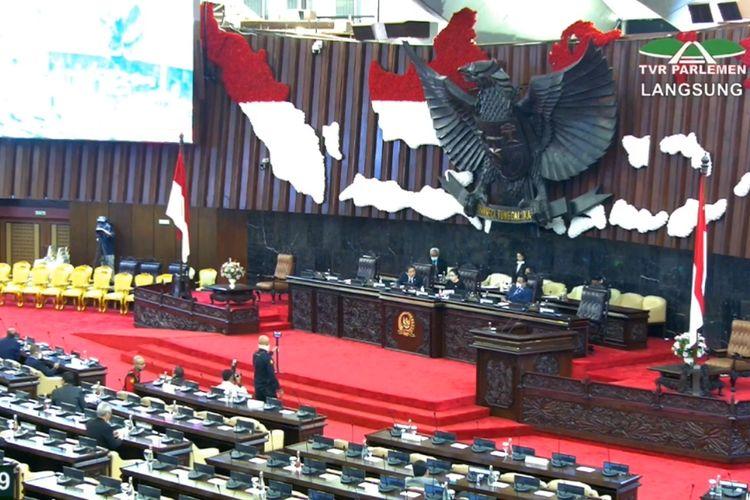 Ketua DPR Puan Maharani membuka Masa Persidangan III 2019-2020, Senin (30/3/2020).