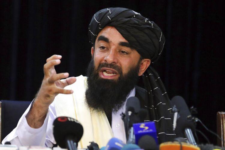 Juru bicara Taliban Zabihullah Mujahid mengatakan kepada wartawan di Kabul pada Selasa (24/8/2021) bahwa Taliban sedang mengerjakan prosedur bagi pekerja pemerintah wanita untuk kembali ke pekerjaan mereka, tetapi untuk saat ini mereka harus tinggal di rumah karena alasan keamanan.