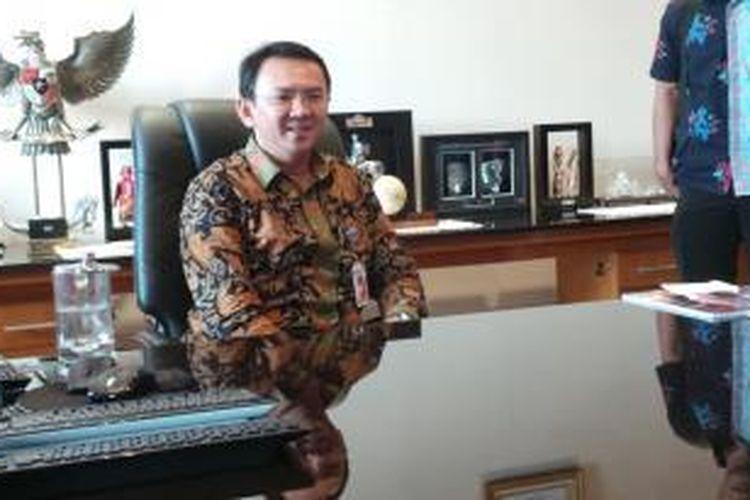 Wakil Gubernur DKI Jakarta Basuki Tjahaja Purnama di ruang kerjanya di Balaikota Jakarta, Rabu (24/9/2014).