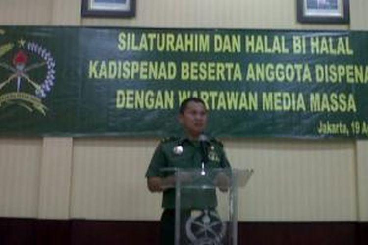 Kepala Dinas Penerangan TNI Angkatan Darat, Brigjen TNI Rukman Ahmad, saat menghadiri halal bihalal dengan wartawan media massa, di Gedung Kartika Media Center, Senin (19/8/2013).