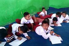 Kurang Kelas, Siswa SD Negeri Terpaksa Belajar Lesehan di Gedung Madrasah
