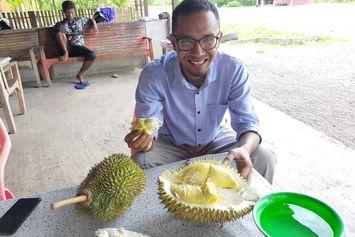 Berburu Durian Leupung yang Tersohor di Aceh Besar