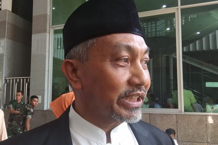 Mantan Wali Kota Bekasi Ahmad Syaikhu usai menjadi khatib shalat di Masjid Fatahillah Balai Kota DKI Jakarta, Jumat (24/5/2019).