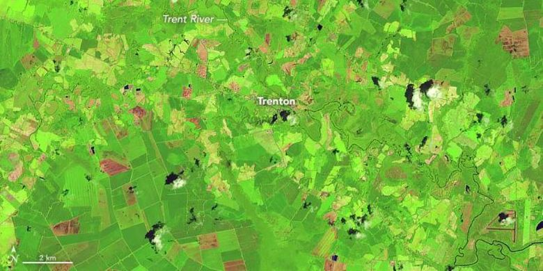 Gambar ini menunjukkan rupa Sungai Trent pada 14 Juli 2017 dengan warna palsu.