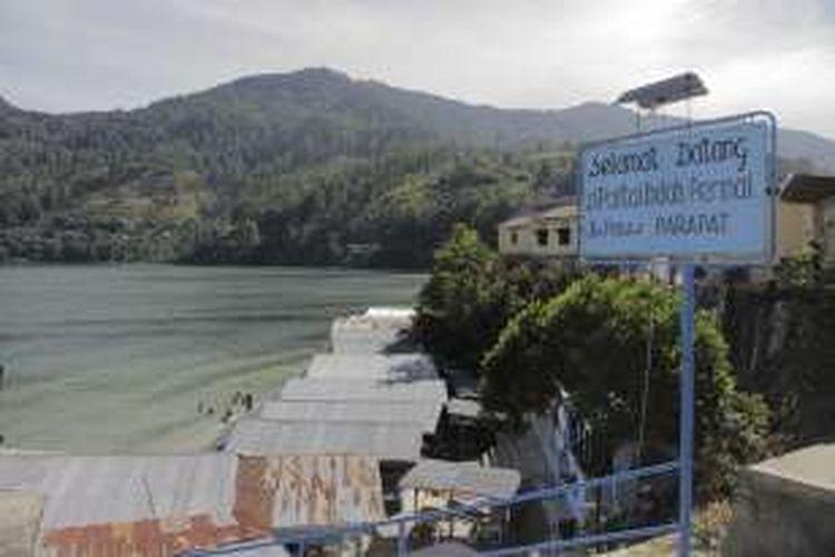 Suasana obyek wisata Pantai Indah Permai di Parapat, Kecamatan Girsang Sipanganbolon, Kabupaten Simalungun, Sumatera Utara, Sabtu (20/8/2016). Danau Toba adalah salah satu obyek wisata yang wajib dikunjungi jika berkunjung ke Tanah Batak.