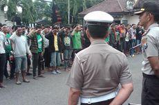 Aremania Melintas, Polisi Surabaya Antisipasi Serangan Bonek