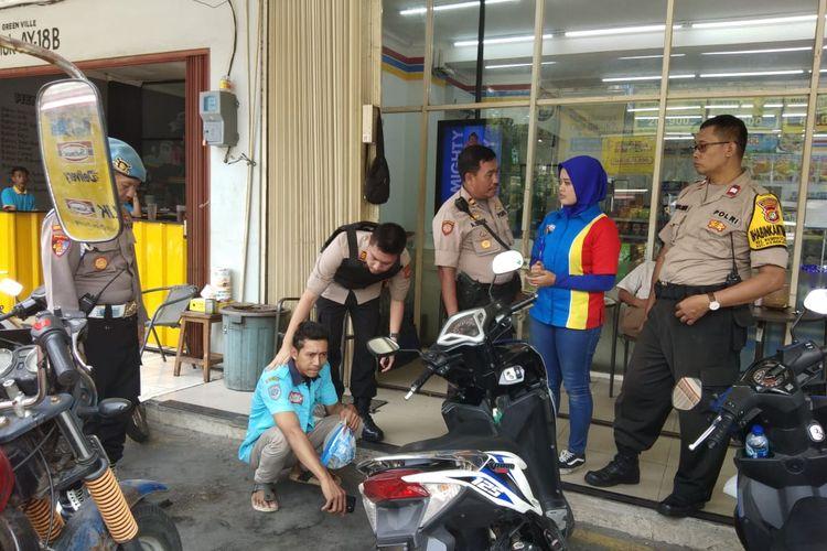 Giat operasi premanisme di sebuah minimarket di kawasan Kebon Jeruk, Jakarta Barat, Rabu (6/11/2019)
