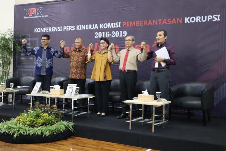 Konferensi pers Kinerja Komisi Pemberantasan Korupsi (KPK), di Gedung Penunjang KPK, Jakarta, Selasa (17/12/2019).