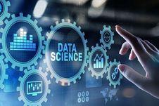Rektor UNM: Lulusan Jurusan Sains Data Banyak Dincar Perusahaan