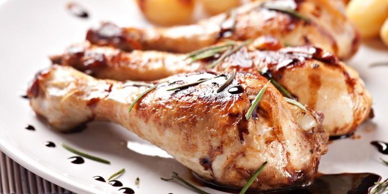 Ilustrasi olahan daging ayam.