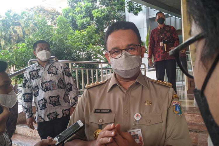 Gubernur DKI Jakarta Anies Baswedan saat ditemui di Balai Kota DKI Jakarta, Selasa (17/5/2021)