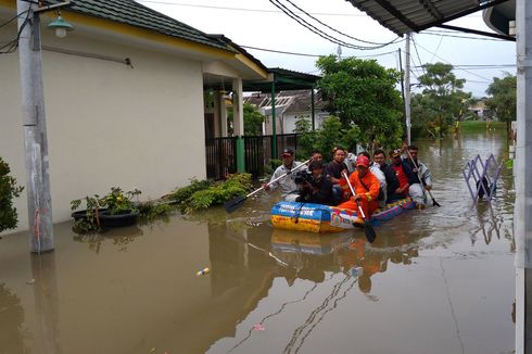 Banjir Tak Surut, Pemkot Tangerang Tambah Pompa Air di Garden City Periuk