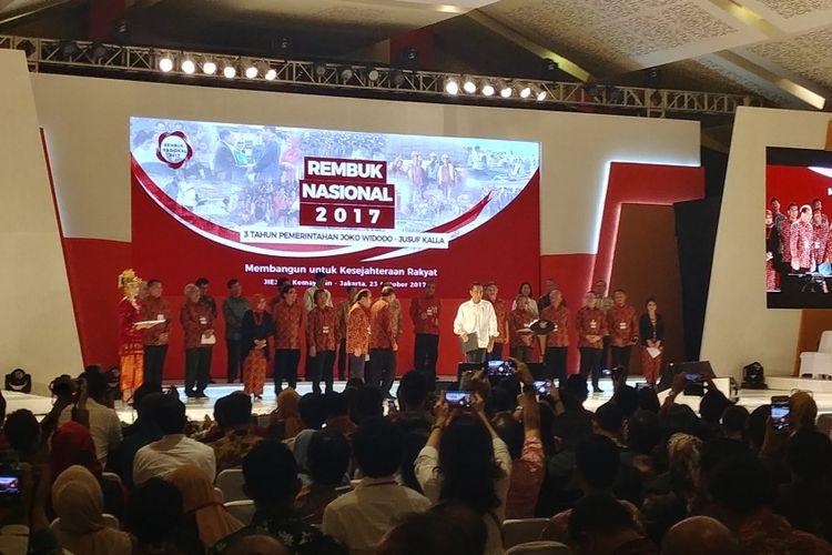 Presiden Jokowi membuka Rembuk Nasional 2017 di JIExpo Kemayoran, Jakarta, Senin (23/10/2017).