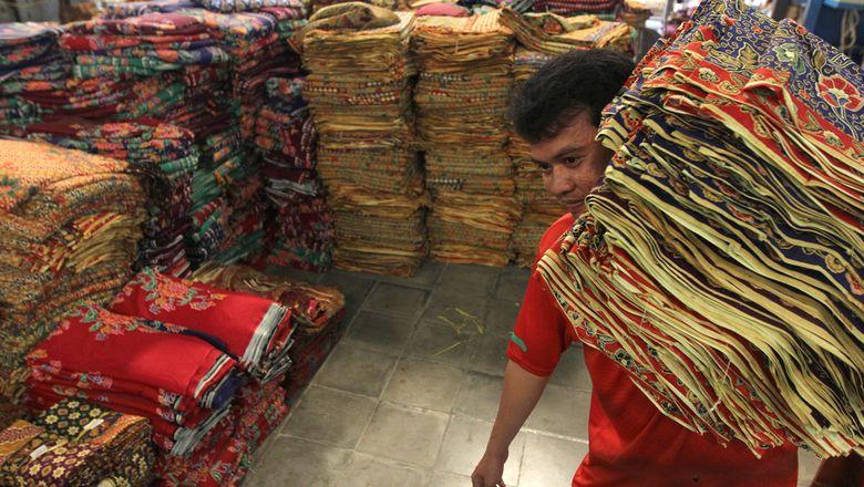 Aktivitas pada saah satus entra batik.