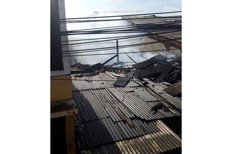 Tiga rumah tinggal petak di Jalan Kayu Tinggi, RW 06, Cakung, Jakarta Timur, ludes terbakar, Kamis (2/4/2020) pagi.