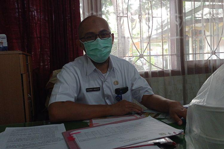 Kabid Pengendalian dan Pemberantasan Penyakit Dinas Kesehatan Kabupaten Magetan Rohmat Hidayat 3 orang yang meninggal dari satu keluarga, Pemkab Magetan pastikan buka dari klaster keluarga.