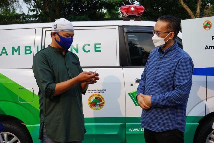 Dompet Dhuafa menyerahkan donasi amanah para donatur berupa satu unit ambulans kepada Koperasi Komunitas Kicau Indonesia yang tersalurkan melalui sedekah via DD Tekno. Ambulans tersebut, nantinya akan menjadi sarana layanan kesehatan untuk anggota koperasi dan masyarakat Bogor pada umumnya.