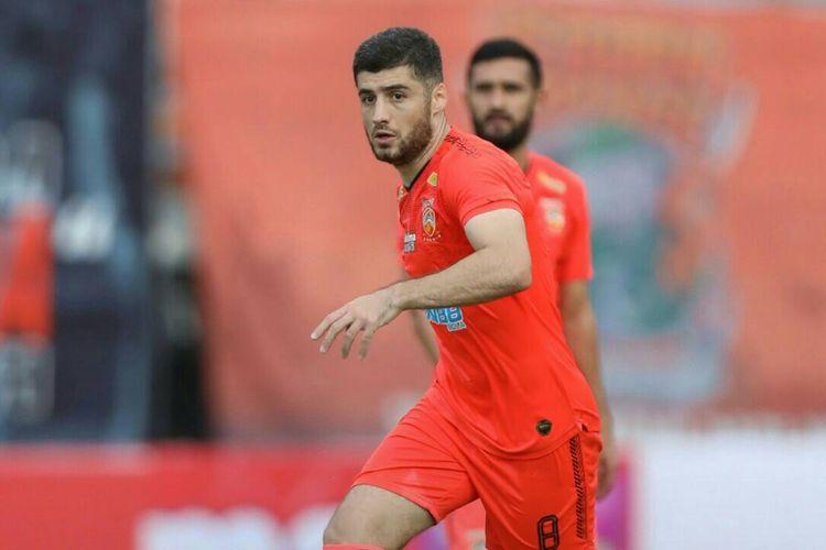 Gelandang Borneo FC asal Tajikistan Nuriddin Davronov.