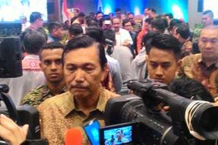 Menteri Koordinator Kemaritiman Luhut Binsar Panjaitan di Batam, Jumat (12/8/2016)