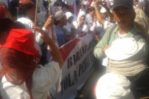 Jual Topi ke Massa Prabowo, PKL Raup Rp 300.000 dalam 1 Jam