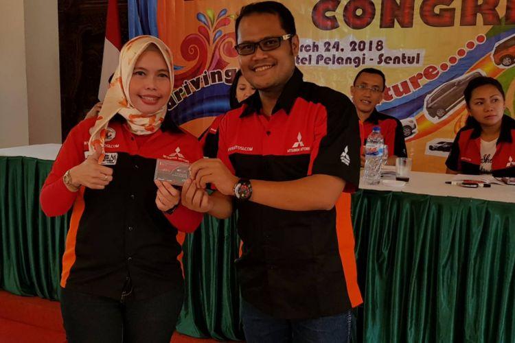 Mitsubishi Outlander Sport Indonesia (Mitosi) memilih Ketua atau disebut Kapten untuk periode 2018 ? 2020, yaitu Netri Gonet dan Sekretaris Jendralnya Dhimas.