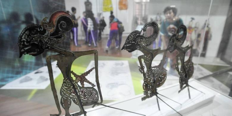 Di antara koleksi Museum Wayang di kawasan Kota Tua, Jakarta Utara. Gambar diambil pada Minggu (19/6/2011).