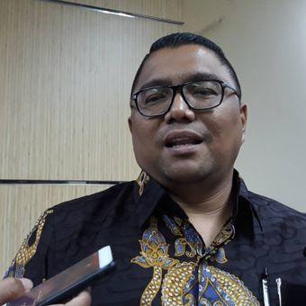 Anggota Badan Pengawas Pemilu (Bawaslu) Fritz Edward Siregar di kantor Bawaslu, Jakarta Pusat.