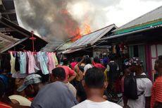 Pemkab Asmat Salurkan Bantuan bagi Korban Kebakaran Pasar Dolog