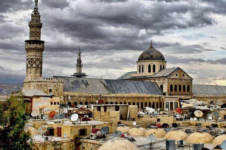 Masjid Agung Damaskus atau Masjid Umayyah yang berdiri di Kota Tua Damaskus, Suriah.